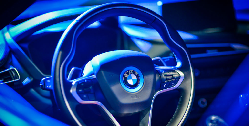 BMW i8 interior for Find Insurance NI blog
